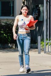 Ariel Winter - Out in Los Angeles 04/12/2019