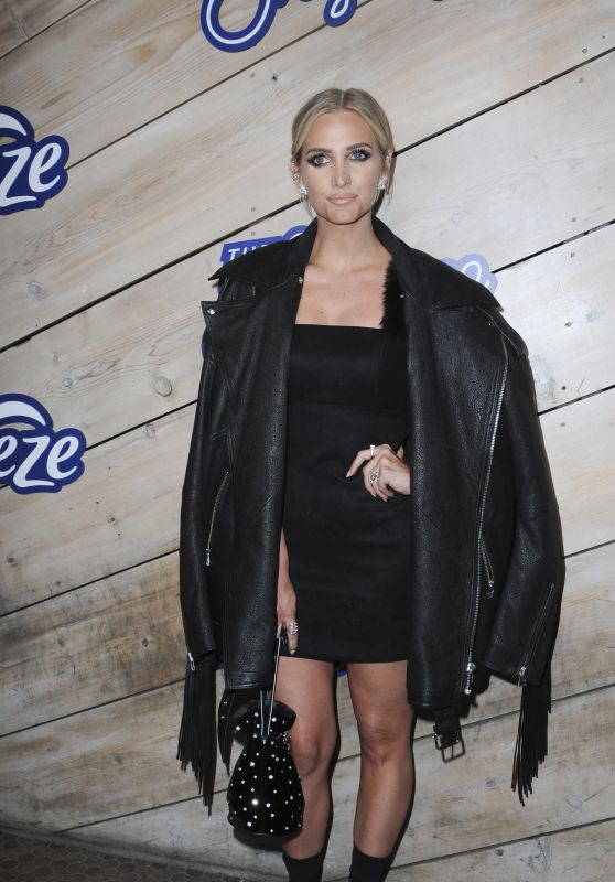 Ashlee Simpson - Album Launch Party for the Freshness by Febreze in LA 04/03/2019