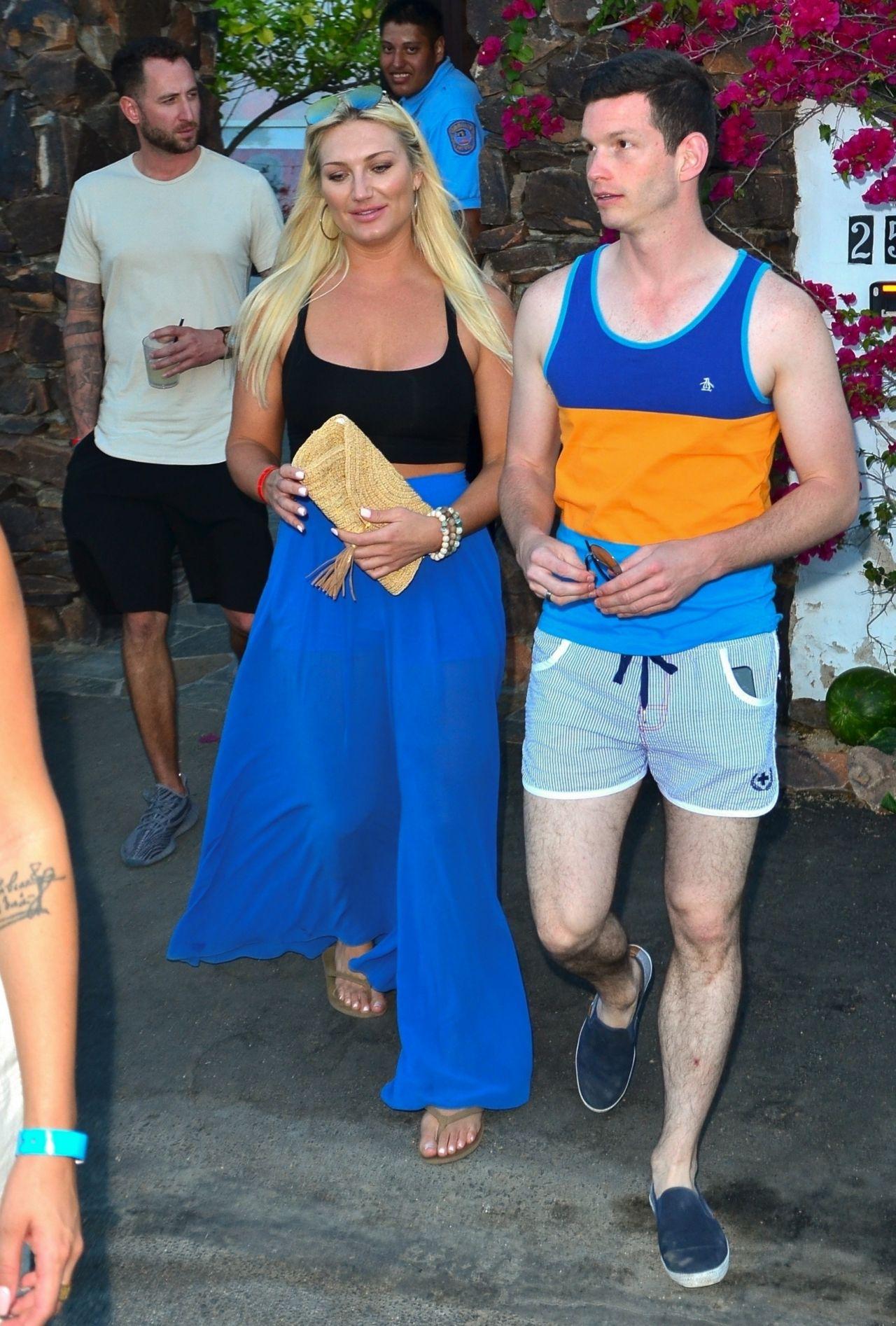 Brooke Hogan Leaving The Ciroc Summer House Coachella