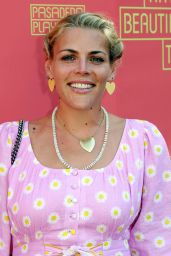 """Busy Philipps – """"Tiny Beautiful Things"""" Play Opening Night in LA"""