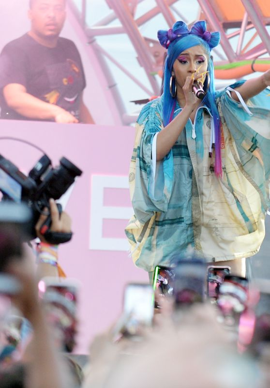 Cardi B – Revolve Party at Coachella in Indio 04/14/2019