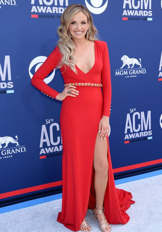 Carly Pearce – 2019 ACM Awards