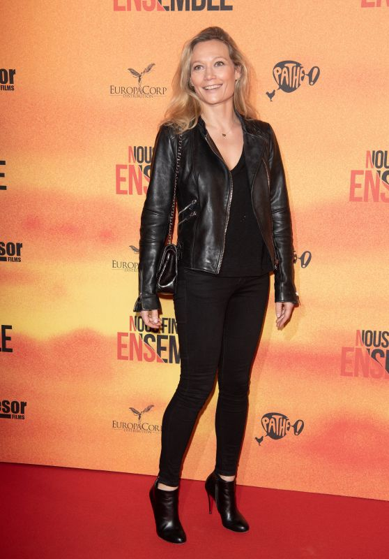 "Caroline Vigneaux - ""Nous Finirons Ensemble"" Premiere in Paris"