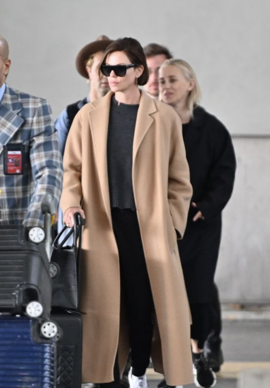 Charlize Theron - Charles de Gaule Airport in Paris 04/23/2019