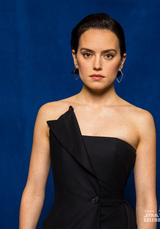Daisy Ridley - Star Wars Celebration 2019 Portraits (more pics)