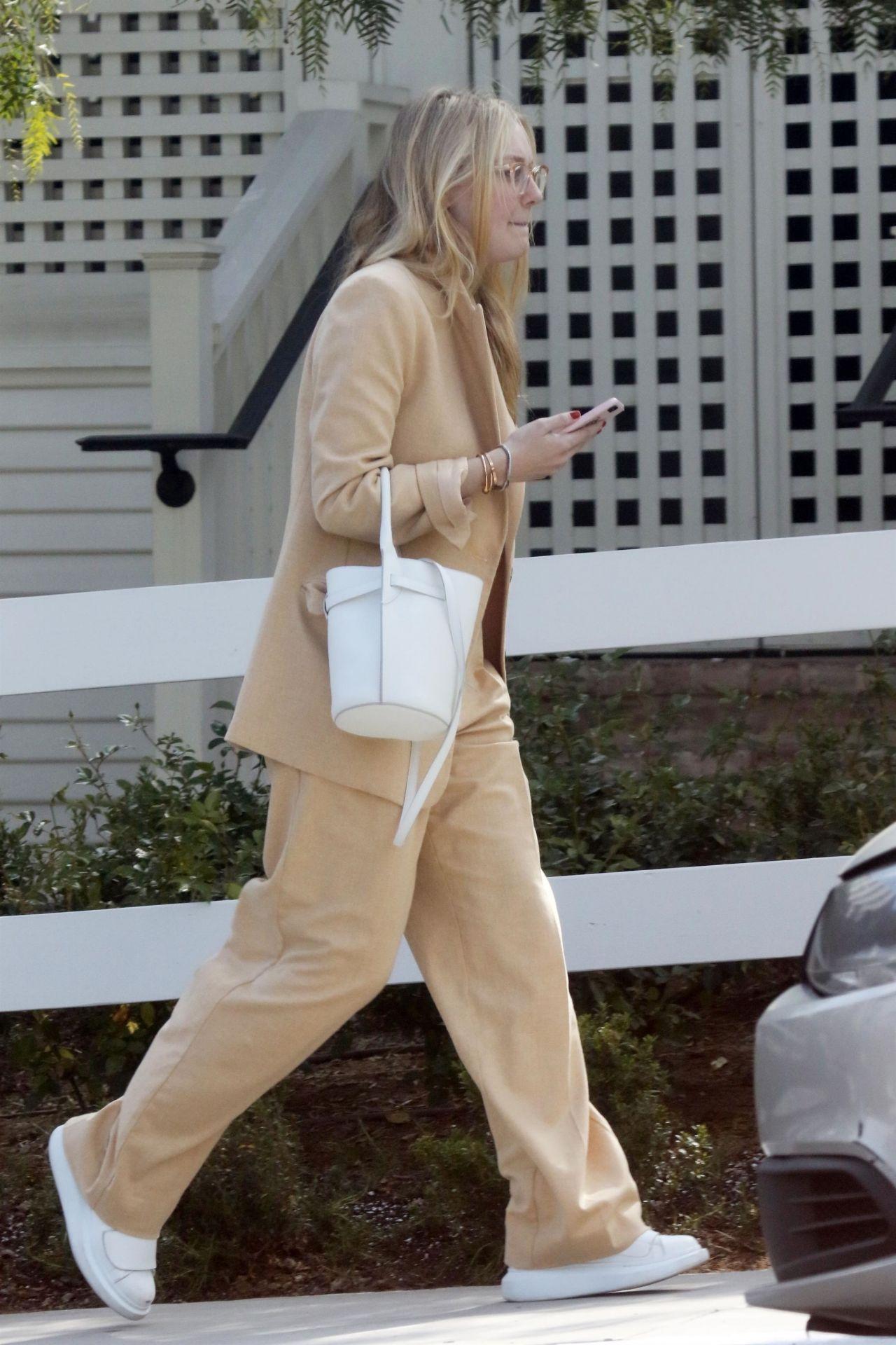 Dakota Fanning Casual Style La 04 27 2019