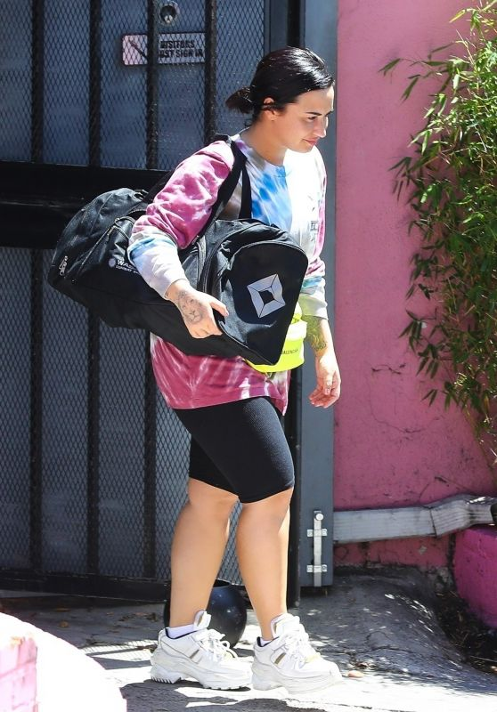 Demi Lovato - Leaving the Gym in LA 04/17/2019