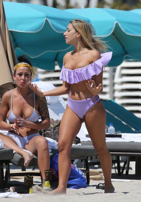 Elisa De Panicis Agnelli in Bikini 03/27/2019