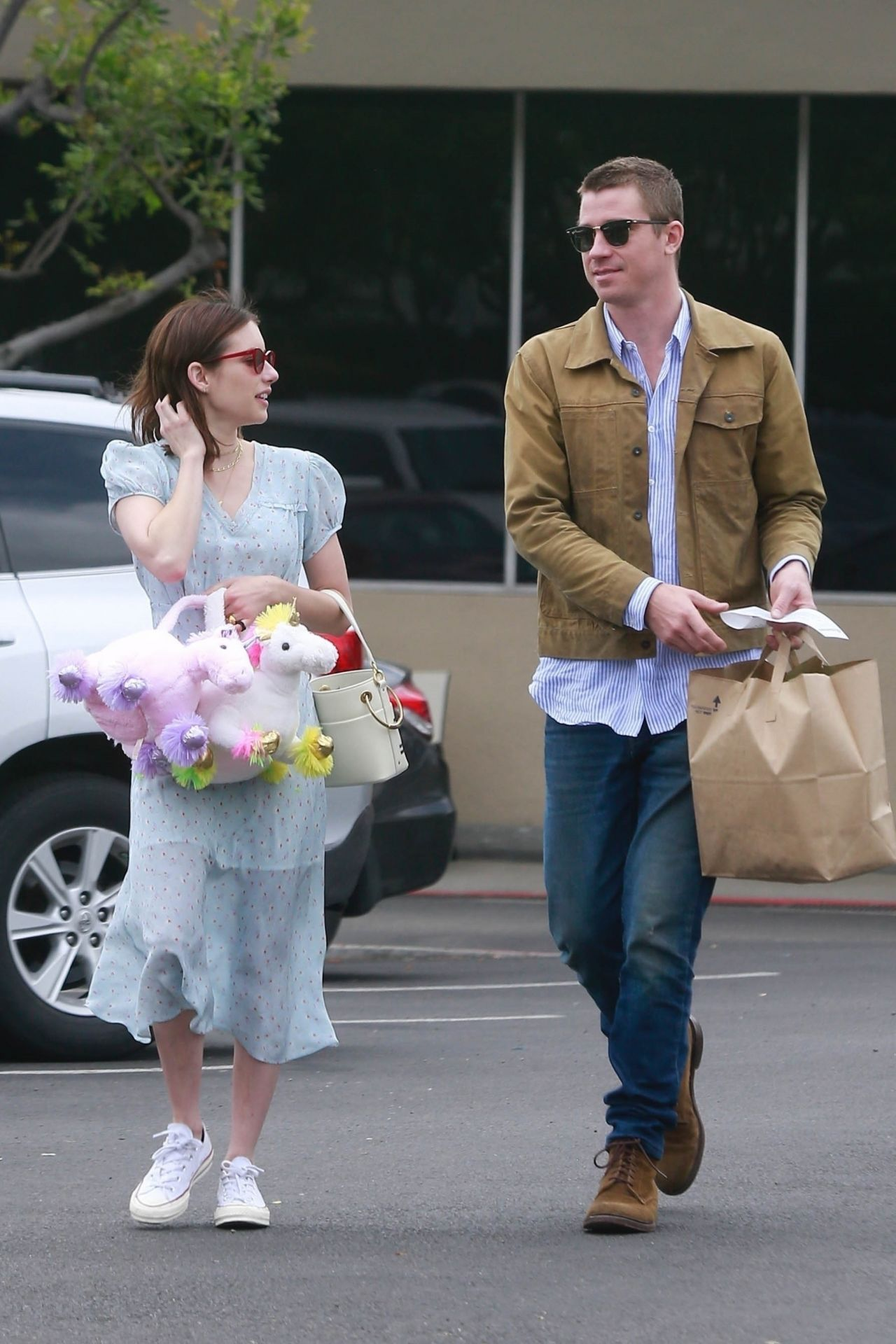 Emma Roberts Shopping On Easter In Los Angeles 04 21 2019