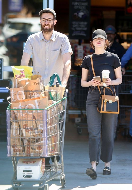 Emma Stone - Shopping in LA 03/30/2019