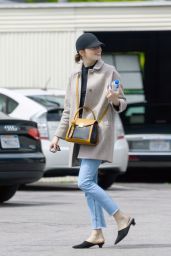 Emma Stone Street Style - LA 04/03/2019