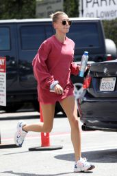 Hailey Rhode Bieber Showcases Her Long Legs 04/18/2019