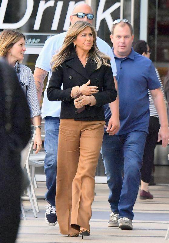 Jennifer Aniston Casual Style 04/03/2019