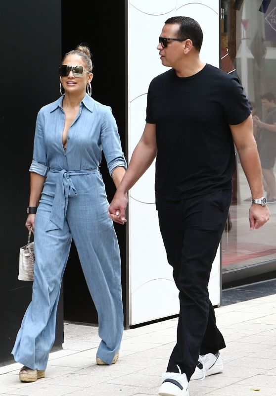 Jennifer Lopez and Alex Rodriguez - Head out to Lunch in Miami 04/20/2019