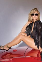 Jennifer Lopez - QUAY X JLO AND AROD Campaign 2019