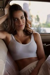 Jessica Lowndes - Personal Pics 04/18/2019