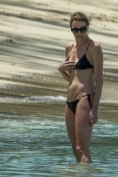 Jodie Kidd - Holiday in Barbados 04/06/2019