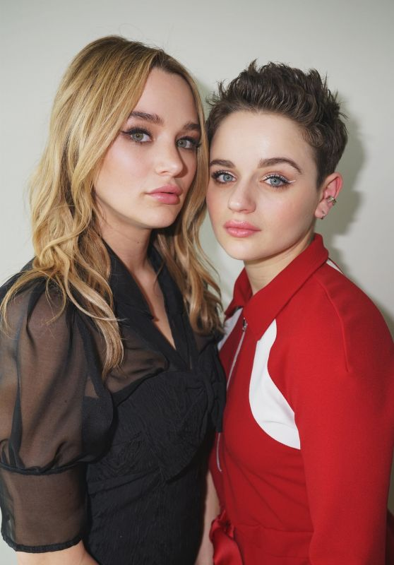 Joey King and Hunter King - ET Photoshoot for Hunter's CBS Series Life In Pieces 04/08/2019