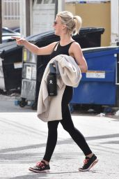 Julianne Hough in Gym Ready Outfit in Los Angeles 04/15/2019