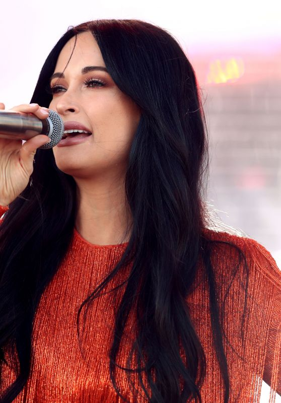 Kacey Musgraves Performs at Coachella Music Festival in Indio 04/12/2019