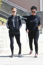 Kate Mara in a Pair of Leggings, T-shirt and Sports Jacketout - LA 04/17/2019
