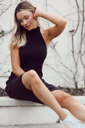 Katrina Bowden - Personal Pics 04/01/2019