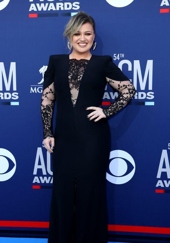 Kelly Clarkson – 2019 ACM Awards