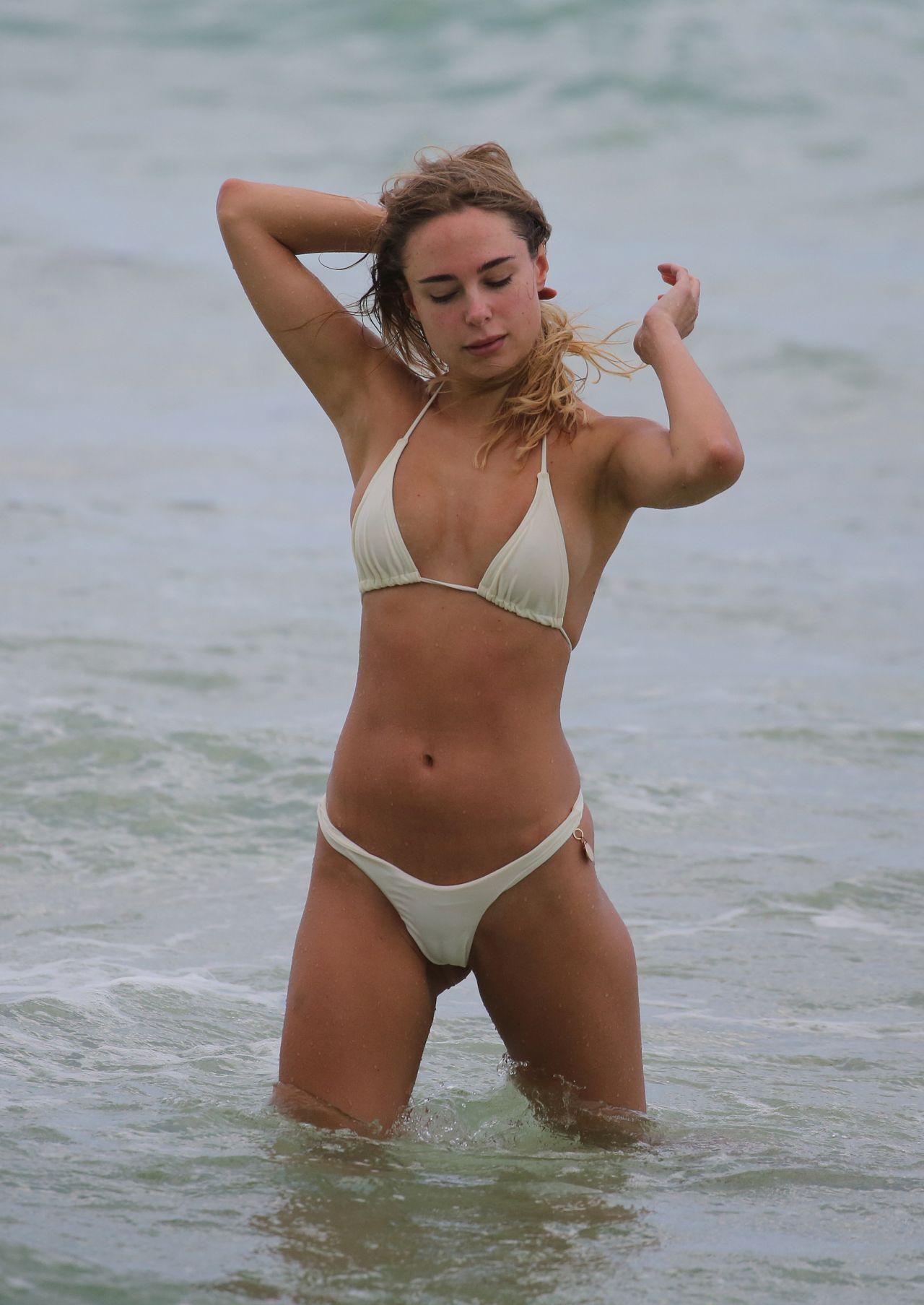 commit error. suggest brazilian women bikini girls recommend you