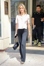 "Kristin Cavallari - Leaving ""On Air With Ryan Seacrest"" in NYC 04/17/2019"