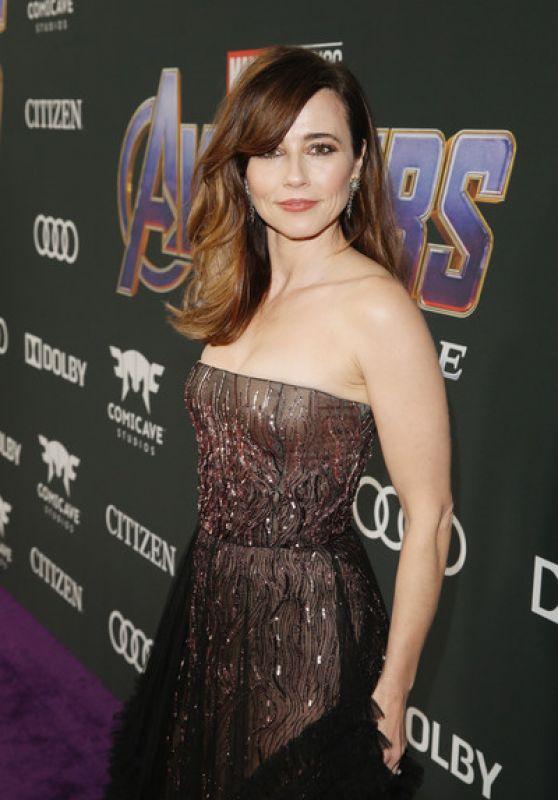 """Linda Cardellini – """"Avengers: Endgame"""" Premiere in LA"""