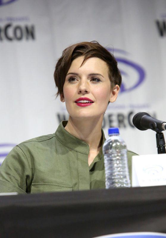 """Maggie Grace – """"Fear The Walking Dead"""" Panel at WonderCon 2019"""