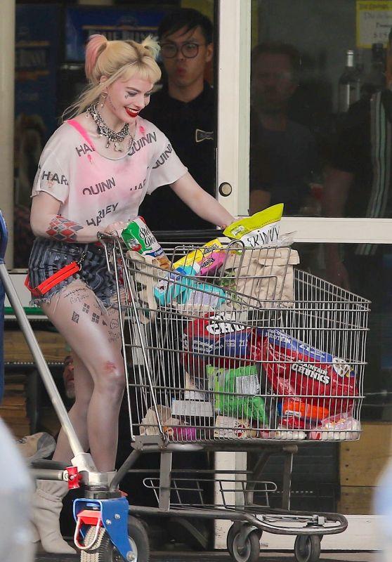 "Margot Robbie - ""Birds Of Prey"" Set in Los Angeles 04/12/2019"