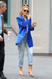 Maria Menounos - Out in NYC 04/09/2019