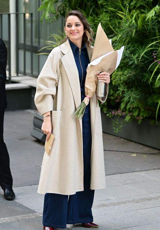 Marion Cotillard - Out in Paris 04/29/2019