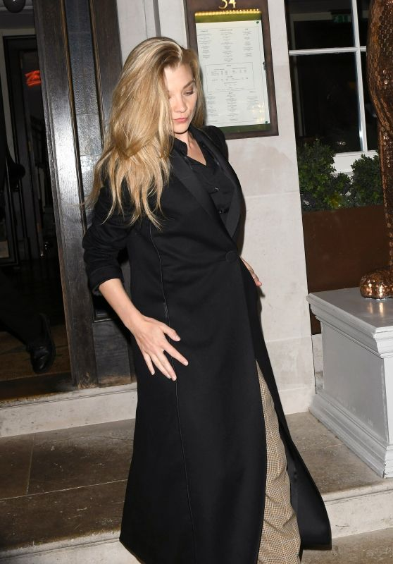 Natalie Dormer Style - Leaving a Restaurant in London 04/16/2019
