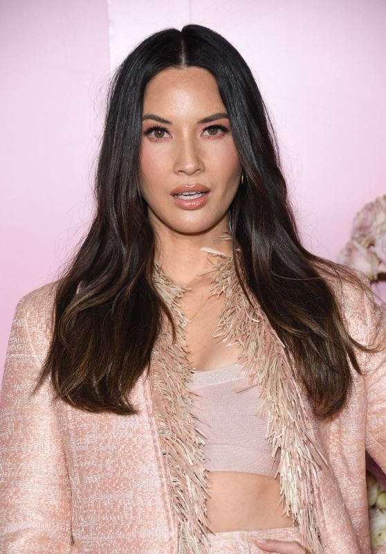 Olivia Munn – Launch of Patrick Ta's Beauty Collection in LA 04/04/2019 (more pics)