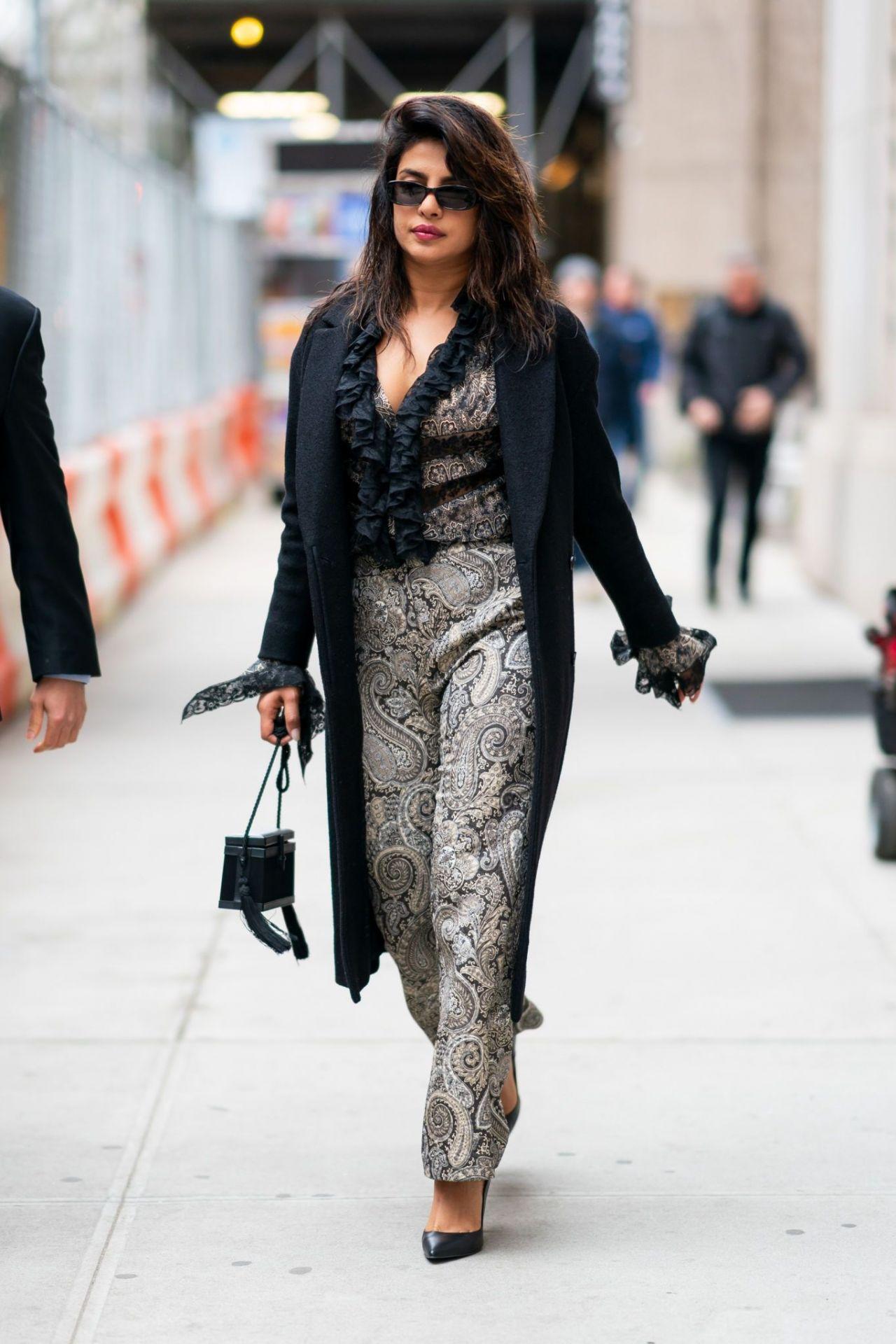 Priyanka Chopra Is Looking All Stylish Tribeca Nyc 04