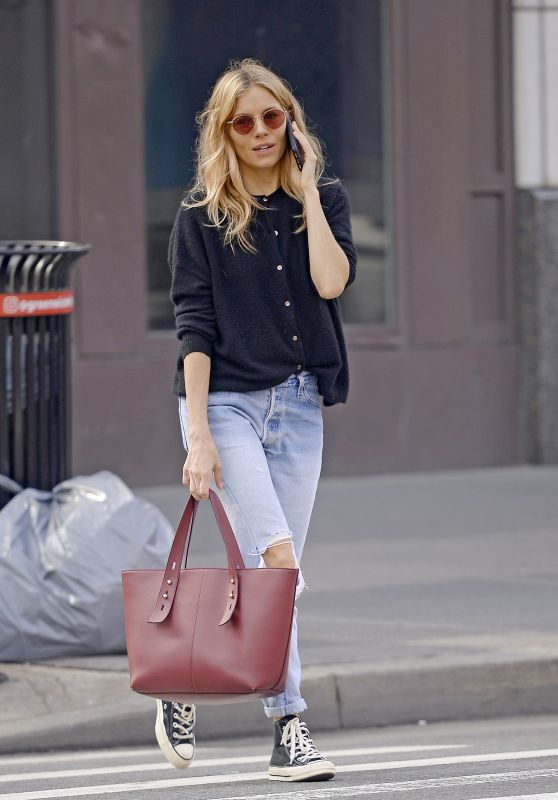 Sienna Miller in Ripped Jeans 04/09/2019