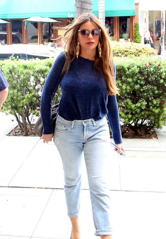 Sofia Vergara - Out in Beverly Hills 04/06/2019