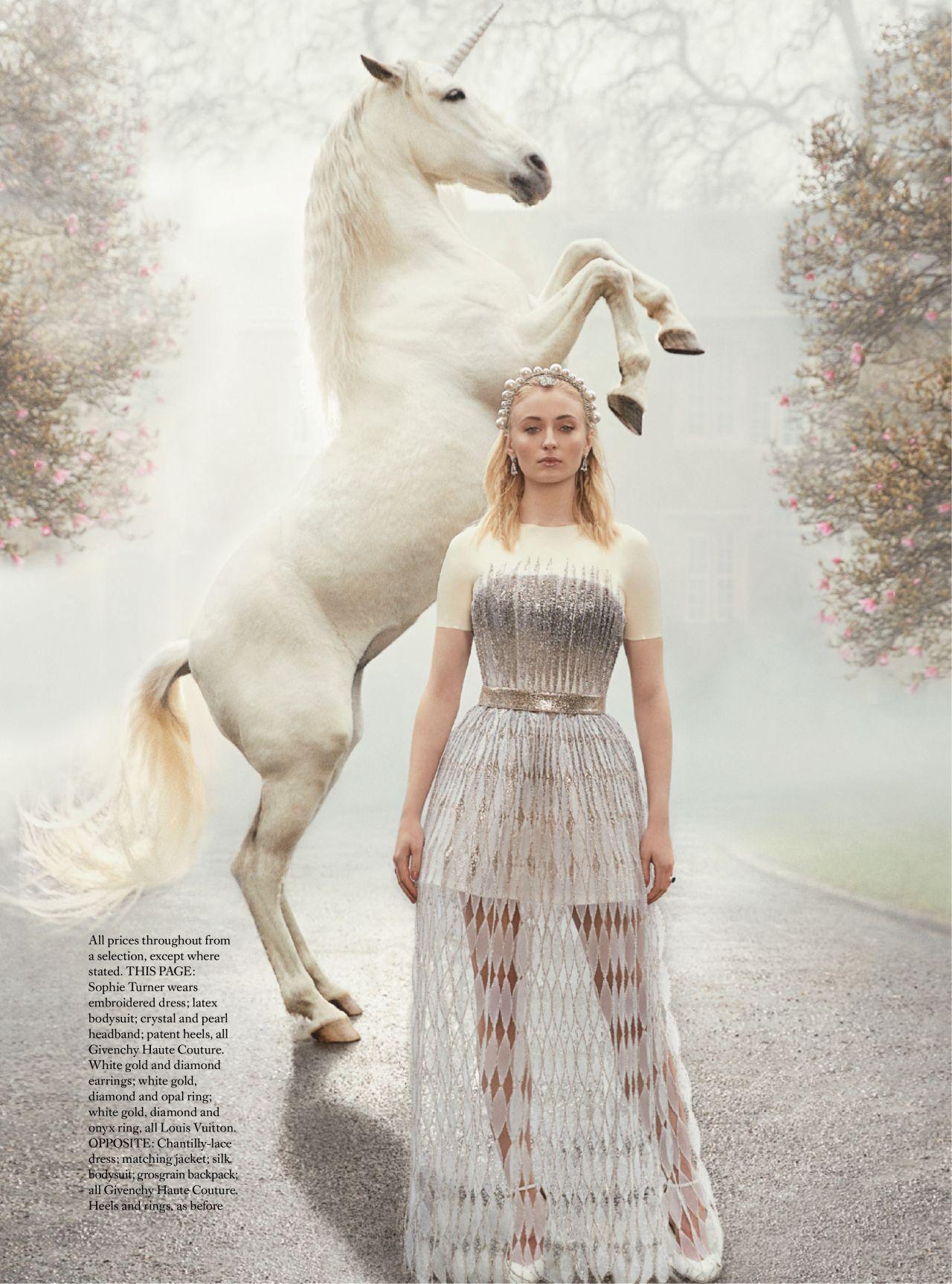 Sophie Turner Ndash Harper Rsquo S Bazaar Uk May 2019 Issue