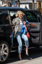 Taylor Schilling Casual Style - NYC 04/17/2019