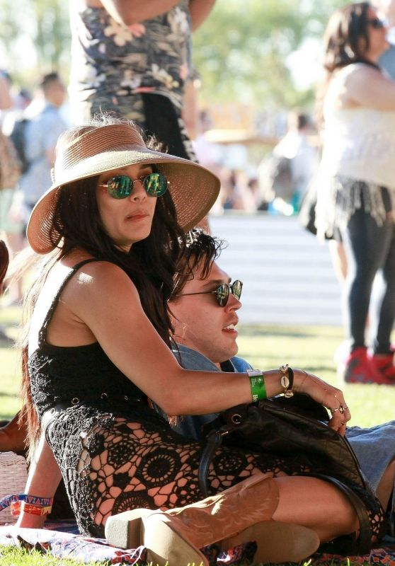 Vanessa Hudgens and Austin Butler - Lounging in the Sun at Coachella in Indio 04/12/2019