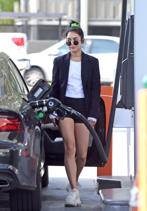 Vanessa Hudgens Pumps Gas in LA 04/02/2019