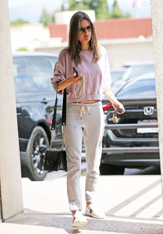 Alessandra Ambrosio Street Style 05/21/2019