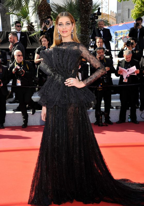 "Ana Beatriz Barros – ""The Traitor"" Red Carpet at Cannes Film Festival"