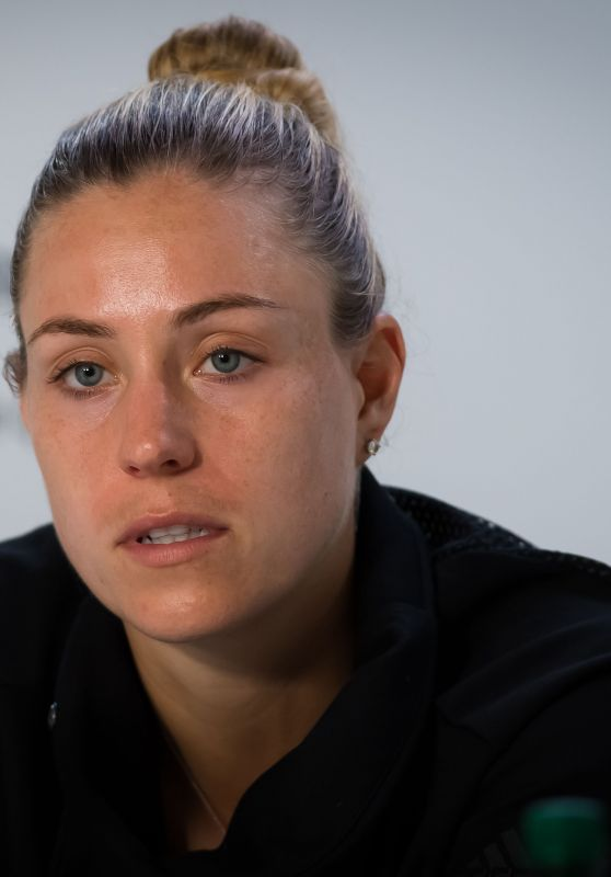 Angelique Kerber Talks to the Press – Roland Garros in Paris 05/26/2019