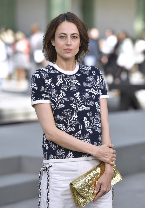 Anne Berest - Chanel Cruise Collection 2020 Photocall in Paris