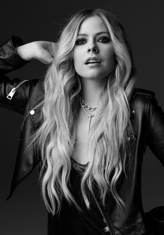 Avril Lavigne - Photoshoot for V Magazine 2019