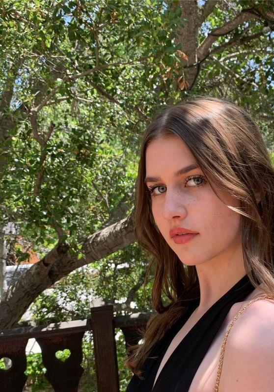 Brooke Butler - Personal Pics 05/08/2019