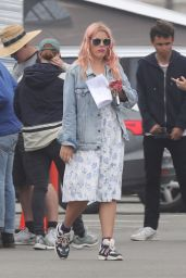 Busy Philipps in Bikini - Films an Episode for Her New Show in Venice, April 2019